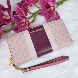 🌺NWT Michael Kors Continental Wallet ballet pink